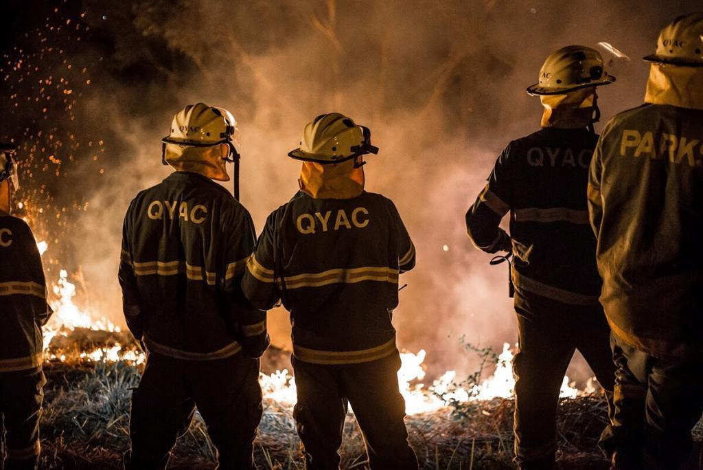 QYAC rangers conducting controlled burning at night on North Stradbroke Island_Moreton Bay